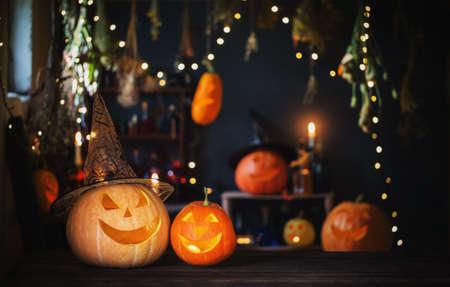 Halloween pumpkins on old wooden table on background Halloween decorations Zdjęcie Seryjne