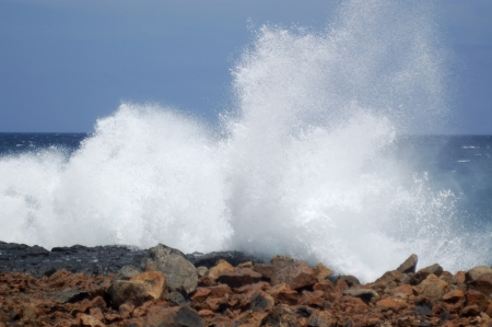 grand strand: High waves on the coast of Lanzarote