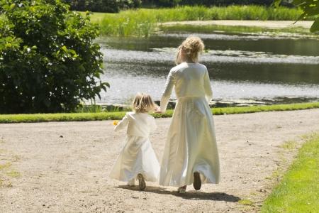 bridesmaids: Bridesmaids runnning away