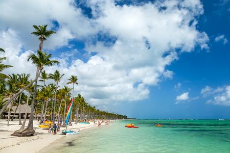 Resort di lusso spiaggia di Punta Cana, Repubblica Dominicana Archivio Fotografico - 27896864