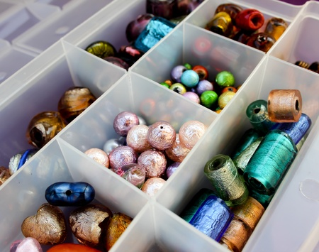 bijoux: Some coloured beads to make jewelry
