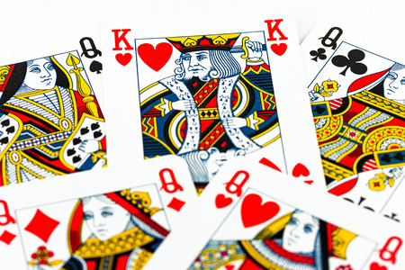 polygamy: Polygamy metaphor - King surrounded by queens Editorial