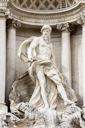 fontana: Trevi Fountain (Fontana di Trevi) in Rome, Italy