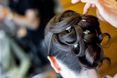 Wedding hair style with diamond photo