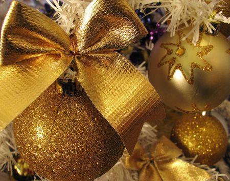 tinsel: christmas tree
