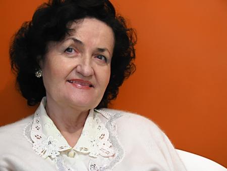 smiling lady photo