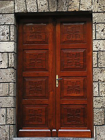 door bolt: primer plano de imagen de puertas antiguas  Foto de archivo