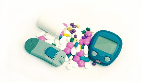 hypoglycemic: Device for measuring blood sugar level and pills