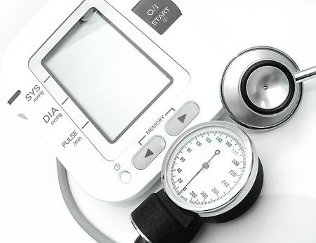 ger�te: Ger�t zur Messung Blutzuckerspiegel und Stethoskop