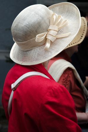 dressy: Pretty straw hat