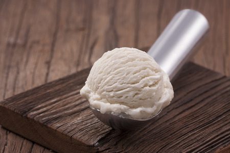 Vanilla ice cream scoop