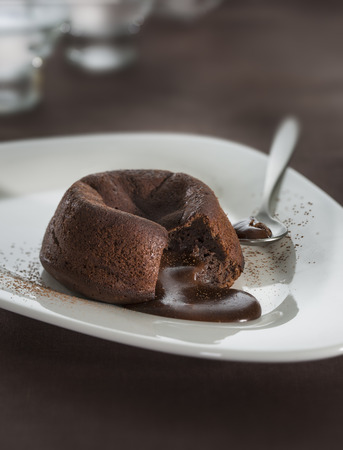 Hot chocolate fondant lava cake pudding 版權商用圖片