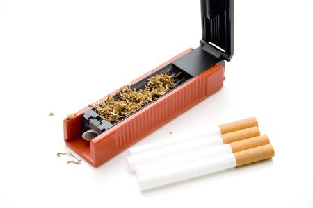 papel filtro: Zurcir la m�quina de cigarrillos