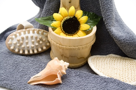 towelling: Mussel and sunflower in wooden bucket Stock Photo