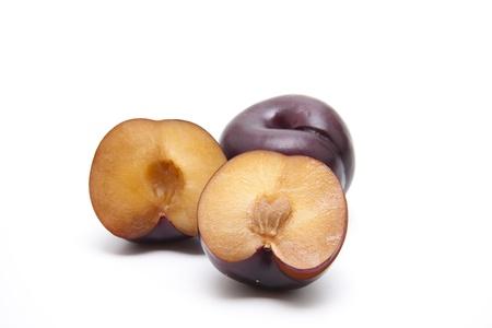 calories poor: Half a plum