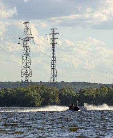 Huge support of power lines on the banks of the Dnieper, Kiev 版權商用圖片