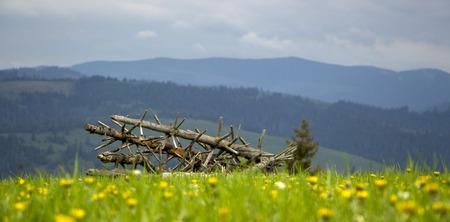 Cloudy weather in the mountains, Ukrainian Carpathians Banque d'images - 103878098