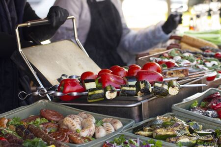 B-B-Q. vegetarian street food. Vegetables and fruits cooking on an open fire. Close up Stockfoto