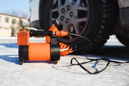 compresor: compresor de aire del coche