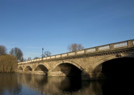 Serpentine Bridge, Hyde Park, Londra Archivio Fotografico