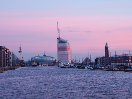 Skyline der Stadt Bremerhaven, Germany, at twilight