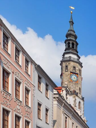 Historic buildings ant the tower of the town hall in the old town of Goerlitz, Saxony, Germany Stockfoto
