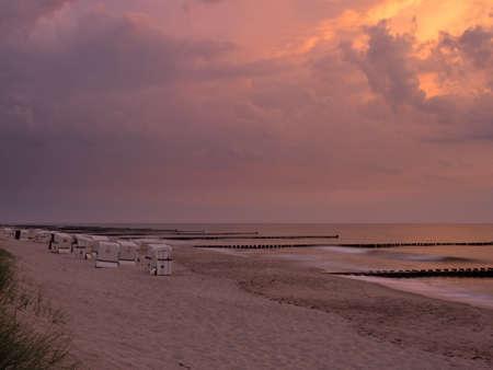 Dramatic Sunset at the Baltic Sea near Ahrenshoop, Mecklenburg-Western Pomerania, Germany Standard-Bild