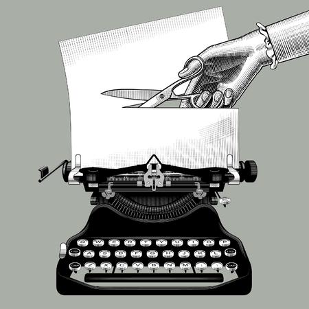 Mano della donna che taglia una carta con le forbici inserite in una vecchia macchina da scrivere. Concetto di censura e metafora in stile retrò. Vintage incisione disegno stilizzato. Illustrazione vettoriale