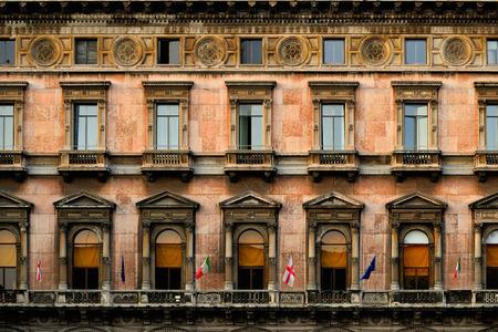 Architectural details : Classic windows design