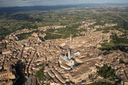 aereal: aereal Siena