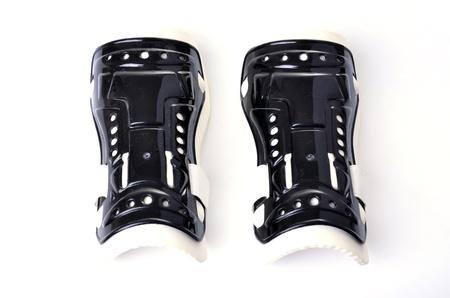 chicharrones: Chicharrones shin es un dispositivo que se utiliza para prevenir atleta accidental en el f�tbol competitivo.