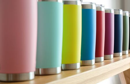 Various colors of stainless steel tumblers are used to keep cool or hot. Help reduce global warming.