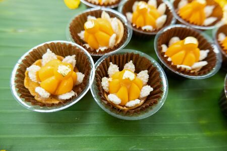 Thai desserts have a method of making meticulous, tasty, fragrant, sweet, colorful and inviting.