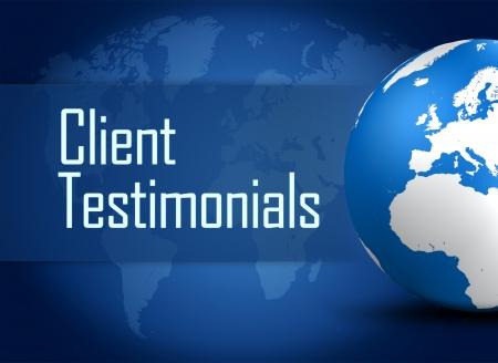 t�moignages: T�moignages client concept avec globe sur fond bleu Banque d'images
