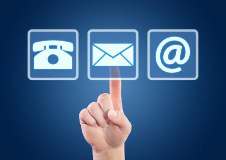 파란색 배경을 인터페이스에 연락처 버튼을 누르면 손. 스톡 콘텐츠