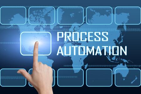 mapa de procesos: Concepto de automatización de procesos con la interfaz y el mapa del mundo sobre fondo azul Foto de archivo