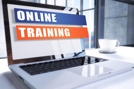 Texto de capacitación en línea en la pantalla del portátil moderno en entorno de oficina. Concepto de texto de negocios de ilustración de procesamiento 3D.