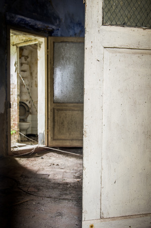 ghost town: Abandoned house in Toiano, little ghost town in Tuscany, Italy Stock Photo
