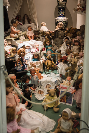 dollhouse: Isle sur la Sorgue, France - September 2015 - Private old dolls collection in a museum. France, 2015 Stock Photo