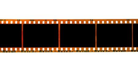rollo pelicula: tira de película de 35 mm aislada sobre fondo blanco