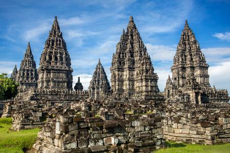 templo: Prambanan templo cerca de Yogyakarta en la isla de Java, Indonesia Foto de archivo