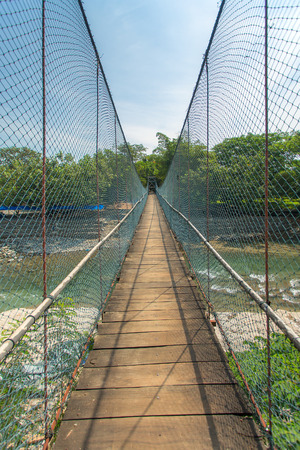 bukit: Rope bridge in Bukit lawang village, Sumatra, Indonesia