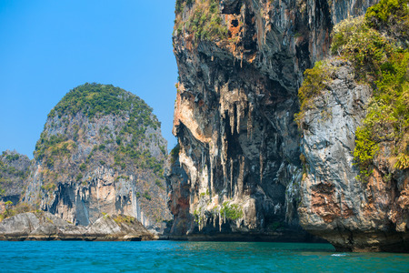railey: Cliff at the Railay peninsula in Krabi, Thailand