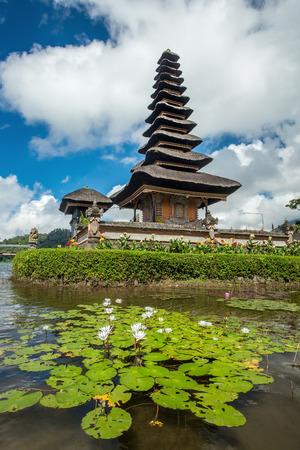 ulun: Pura Ulun Danu temple on a lake Beratan. Bali ,Indonesia Stock Photo