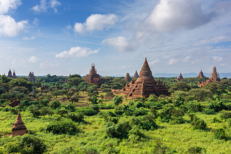 Ancient Bagan pagodas and temples in Myanmar Imagens