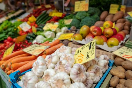 Big choice of fresh fruits and vegetables on a street market Stockfoto