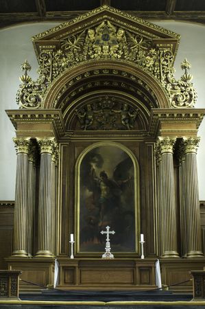 high altar: Composed of thirty one colleges (one of which is named Trinity), the elite university in the city of Cambridge (England) attracts young people  from all over the world who are interested in a vintage education as well as great exam results under the guida