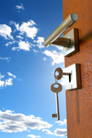 tecla enter: la puerta con el cielo Foto de archivo