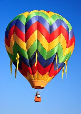 hot air ballon: colorful hot air balloon on blue sky