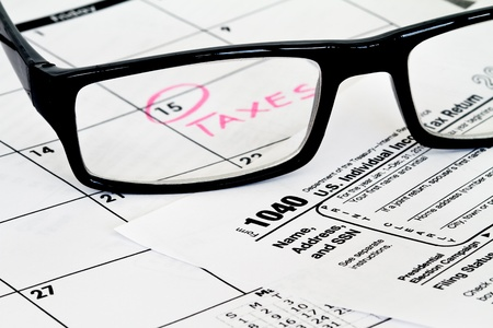 taxable: tax form with calendar and due date  Stock Photo